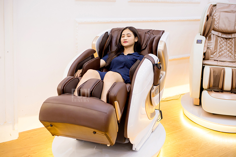 máy massage okia có tốt không